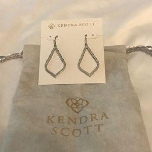 Kendra Scott Jewelry - 🆕Kendra Scott Silver Sophia Earrings